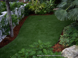 Realistic synthetic lawn in Santa Clarita